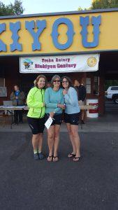 Melanie Zelwick with Sharla Gibson (right) in Siskiyou County, California