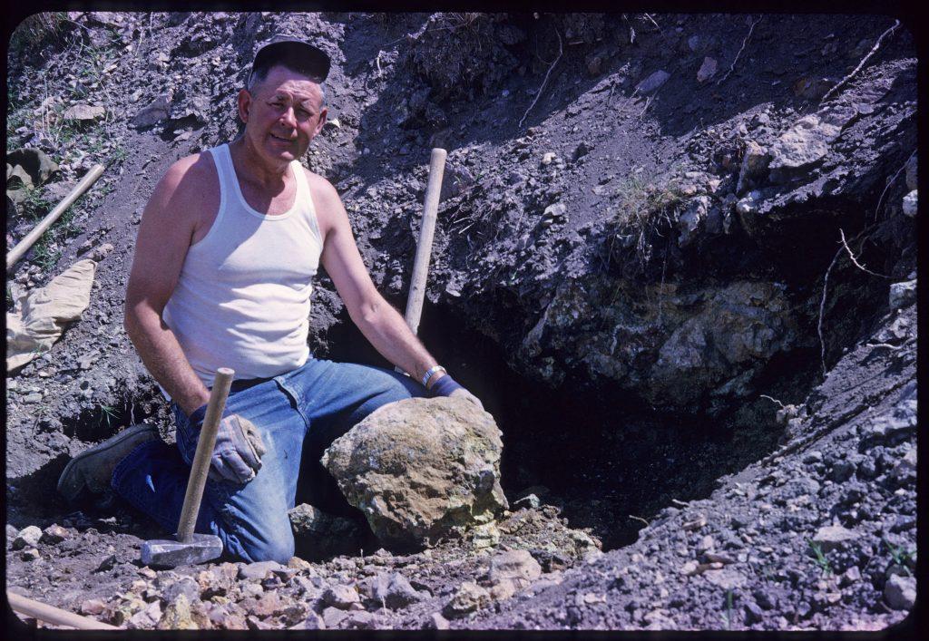 Al Gaumer Mining Willow Creek jasper near Eagle, Idaho