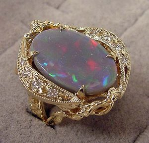 Lightening Ridge Black Opal ring